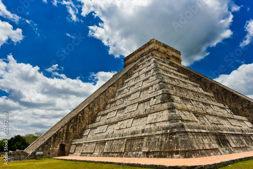In de dag Mexico El Castillo (diagonal)