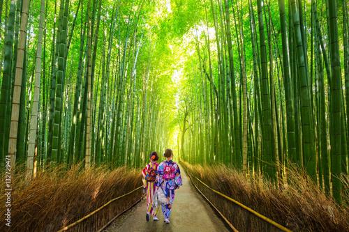 Cadres-photo bureau Kyoto Arashiyama bamboo forest in Kyoto Japan