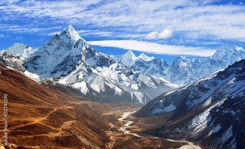 Obraz view of mount Ama Dablam with beautiful sky - fototapety do salonu