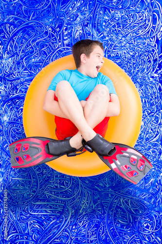 Fotografie, Obraz  Loud noisy little boy playing in a swimming pool