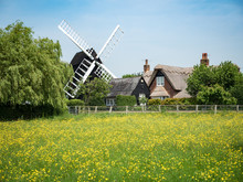 A Traditional Old English Wind...