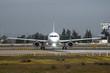 Avión en la pista de despegue