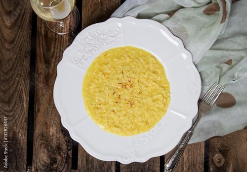 Photo  saffron risotto