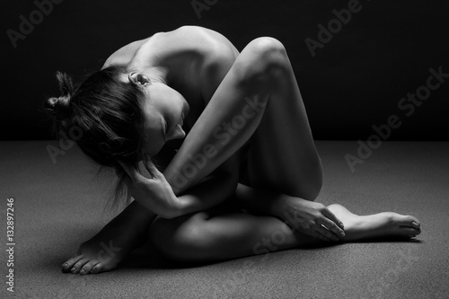 Stampa su Tela Naked woman body sculpture. Fine art photo of female body.