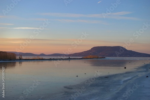Photo  Landscape at Lake Balaton frozen