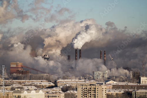 Poor environment in the city. Environmental disaster. Harmful emissions into the environment. Smoke and smog. Pollution of the atmosphere by plants. Exhaust gases