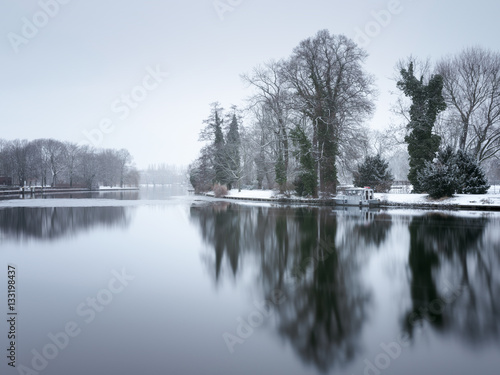 Photo Stands Dark grey Treptower Park Berlin im Winter