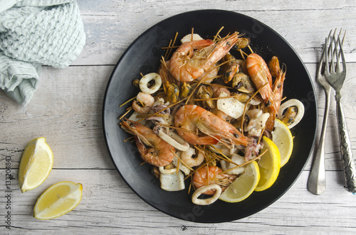 Papiers peints Coquillage Deep-fried seafood mix