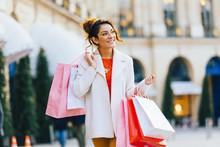 Paris, Young Woman Shopping Place Vendome