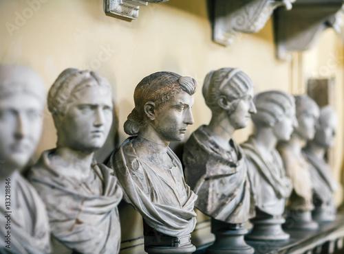 Foto  Antike italienische Büsten im Vatikan