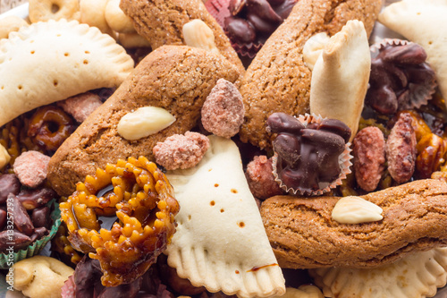 Staande foto Zuivelproducten Christmas Cakes from Italy