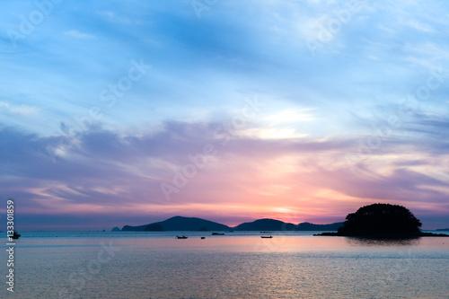 Foto op Aluminium Strand colorful sunset in the sea