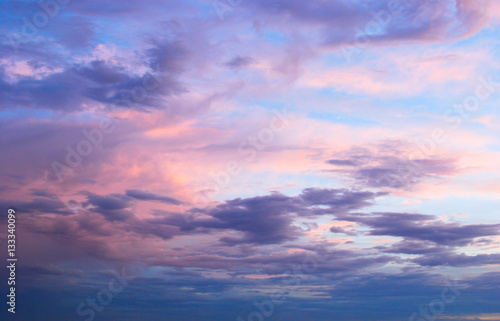 Photo  Early morning spring summer pink and blue cloudy sky