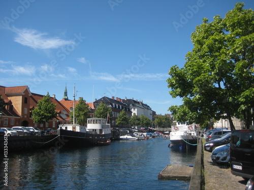 Foto auf Gartenposter Stadt am Wasser Wasserkanal in Kopenhagen, Dänemark