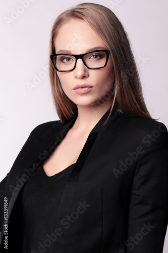 Fototapety, obrazy: businesslike woman with blond straight hair in elegant office ou