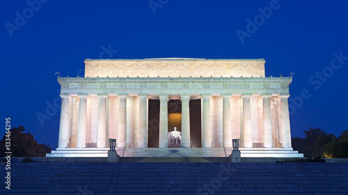 Lincoln Memorial in the National Mall, Washington DC Poster Mural XXL