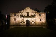 The Alamo Mission (San Antonio...