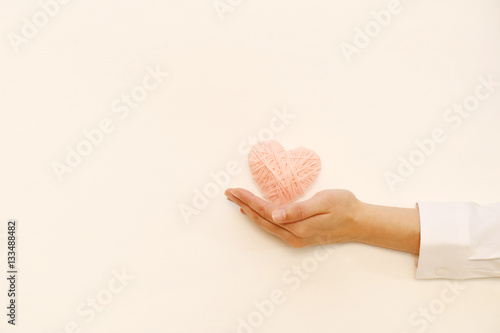 Fotografia  ハートと女性の手