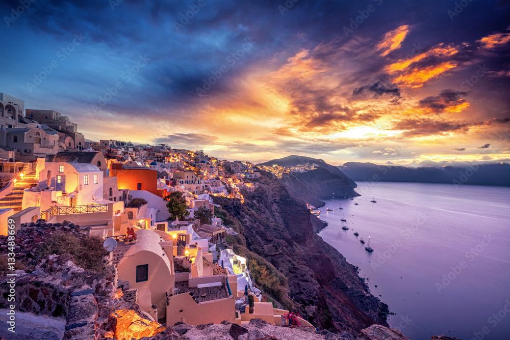 Fototapety, obrazy:  Old Town of Oia or Ia on the island Santorini