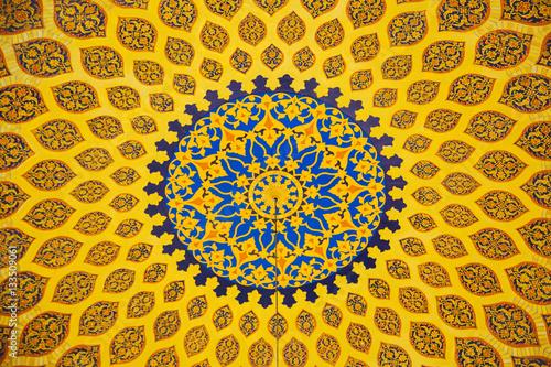 Amazing classic arabica interior design with traditional lamps c