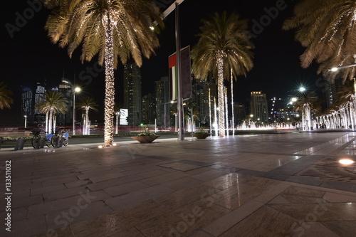 Photo  Sheikh Mohammed Bin Rashid boulevard, Down Town, Dubai, United Arab Emirates