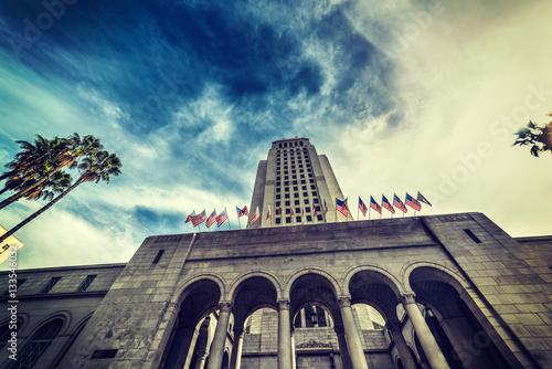 Staande foto Los Angeles Los Angeles city hall under a dramatic sky