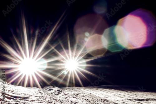 Obraz car headlights shine at night - fototapety do salonu