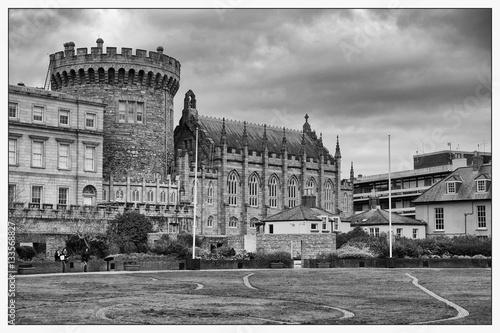 Zdjęcie XXL Zamek w Dublinie w czerni i bieli