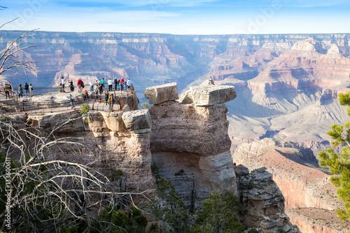 Foto auf AluDibond Schlucht Grand Canyon, South Rim, crowd of tourists