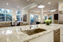 White Kitchen Design In New Lu...