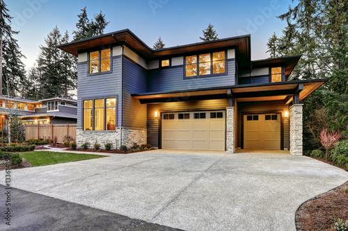 Vászonkép Luxurious new construction home in Bellevue, WA