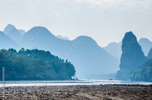 Foto op Canvas Guilin Karst mountains and Lijiang River scenery
