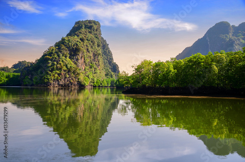 Plakat wschód słońca nad Taillande