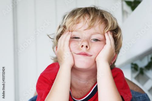 Fotografie, Obraz  Bored little boy