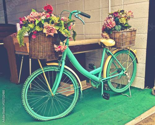 Türaufkleber Fahrrad Watercolor Turquoise Bicycle With Beautiful Flower Basket vintage tone