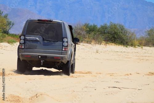 Photo  4X4 SUV on a trail