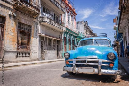 Vászonkép  Vintage classic american car in Havana, Cuba