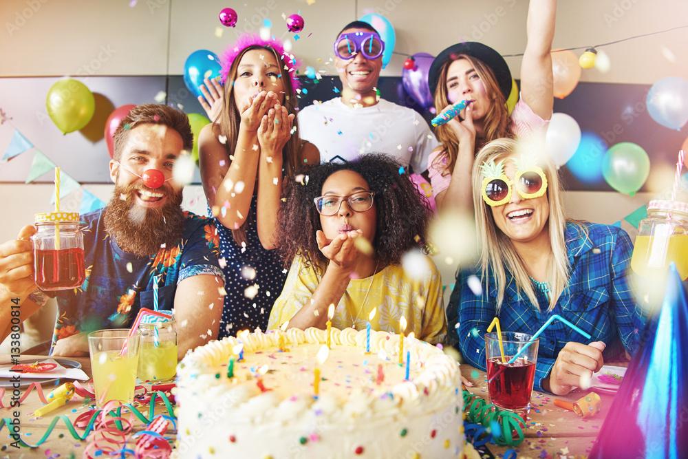 Fototapety, obrazy: Goofy friends celebrating a birthday