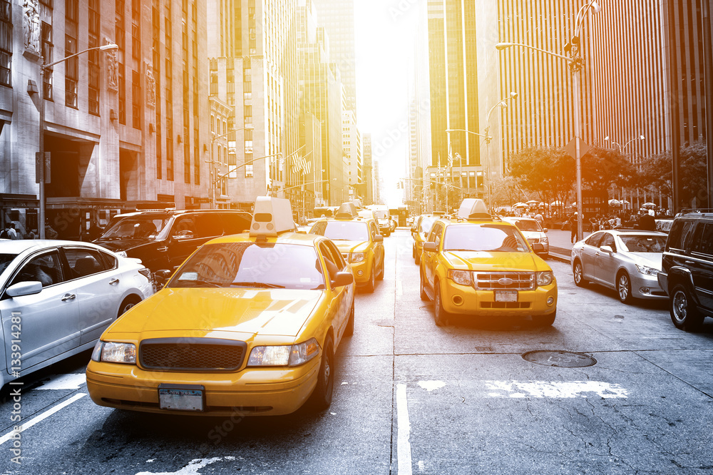 Fototapety, obrazy: New York Taxi in the sunlight