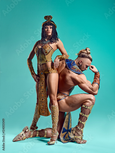 Obraz na płótnie Mężczyzna, kobieta w obrazach egipskiego faraona i Kleopatry