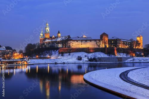 Fototapeta Royal Wawel Castle by night in Krakow, Poland obraz