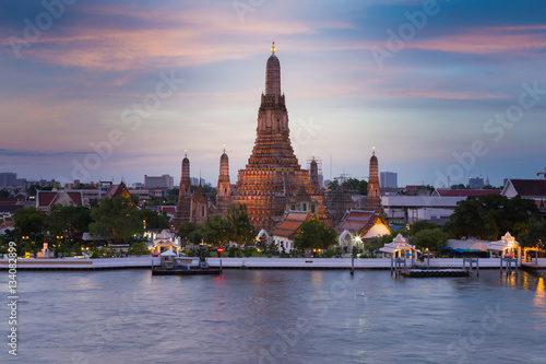 Poster Bangkok Beautiful twilight sky over Arun Temple river front, Thailand Landmark