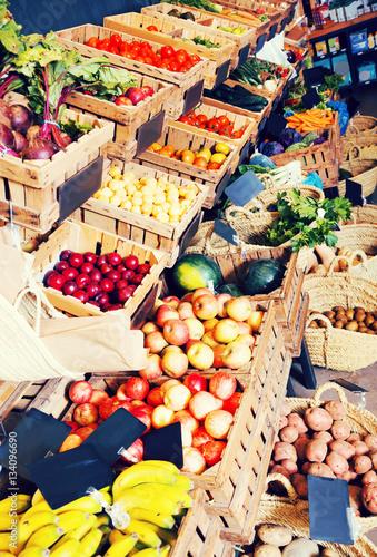Foto op Aluminium Vruchten fruits and veggies store