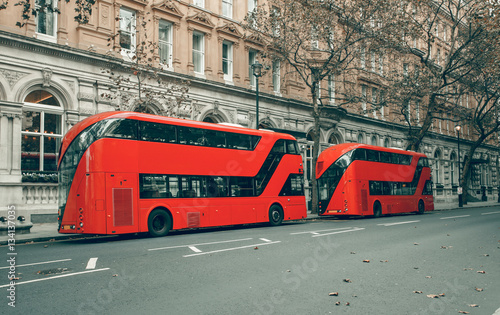 Spoed Foto op Canvas Londen rode bus London red bus in station / Bus of the public transport