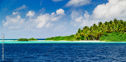 In de dag Eiland Beautiful nature landscape of tropical island at daytime, Maldives