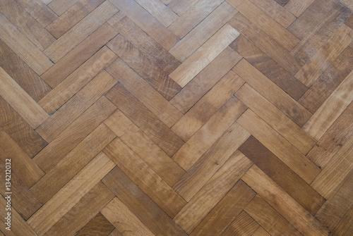 Obraz herringbone parquet floor - old wooden floor - fototapety do salonu