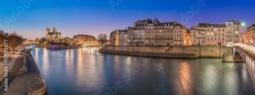 Fotomural Notre Dame depuis le quai de la Tournelle
