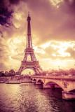 Fototapeta Wieża Eiffla - Sunset view of Eiffel Tower in Paris