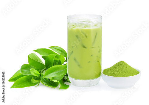 Iced green tea and green tea powder