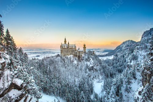 Keuken foto achterwand Kasteel Neuschwanstein Castle at sunset in winter landscape. Germany